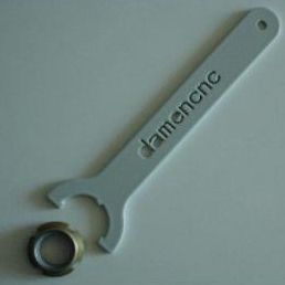 wrench for m10x075 locking nut